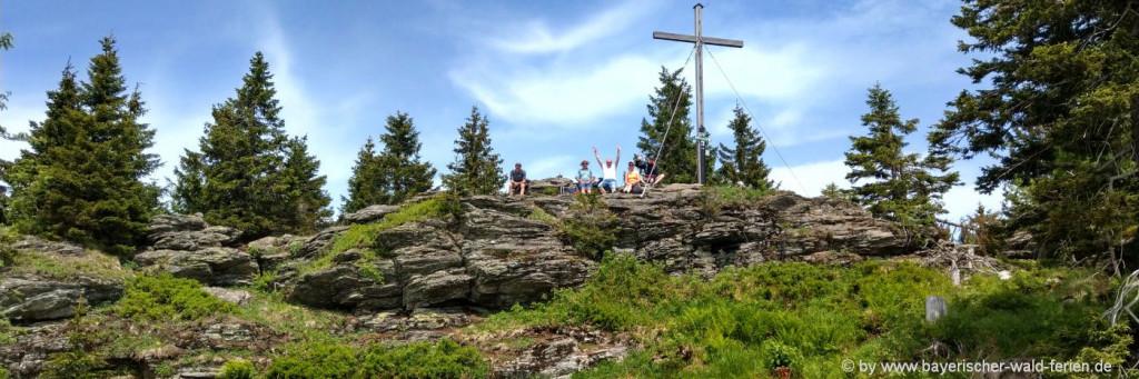 Berg Wandern im Urlaub im Bayerischen Wald - kleiner Arber Bild