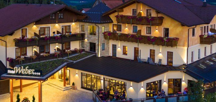 weber-wellnesshotel-geisskopf-bayerischer-wald-romantisch-breitbild-1400