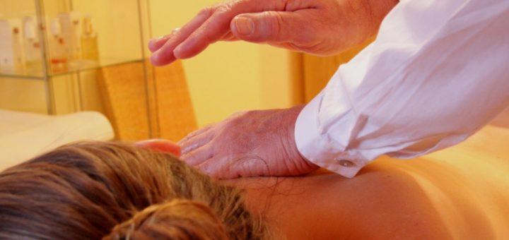 wellnesstag-bayerischer-wald-wellnesangebote-massagen-tageswellness-day-spa