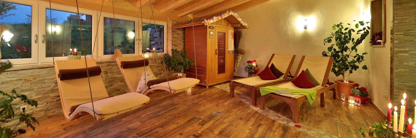 wenzl-zwiesel-luxus-chalets-wellnessurlaub-ruhebereich