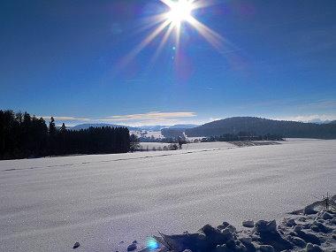 Unterkunft am Skilift Sankt Englmar verschneite Landschaft