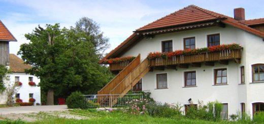 wouznhof-eiber-baby-bauernhofurlaub-waldmuenchen